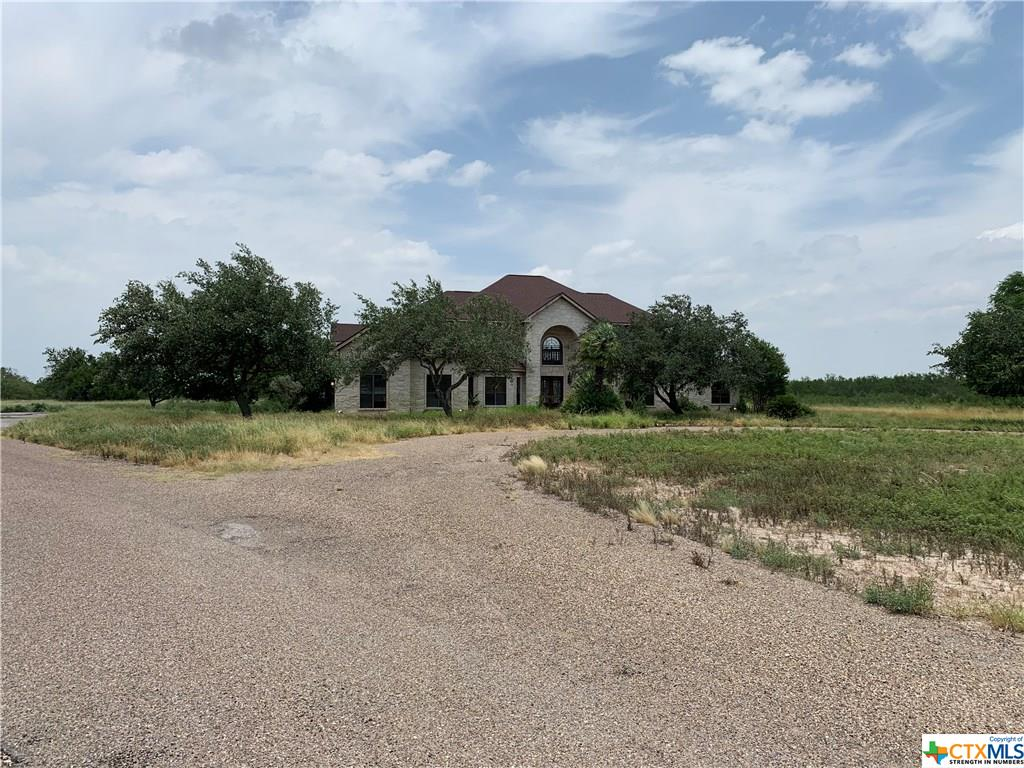 1496 Old Magnolia Road Property Photo - Freer, TX real estate listing