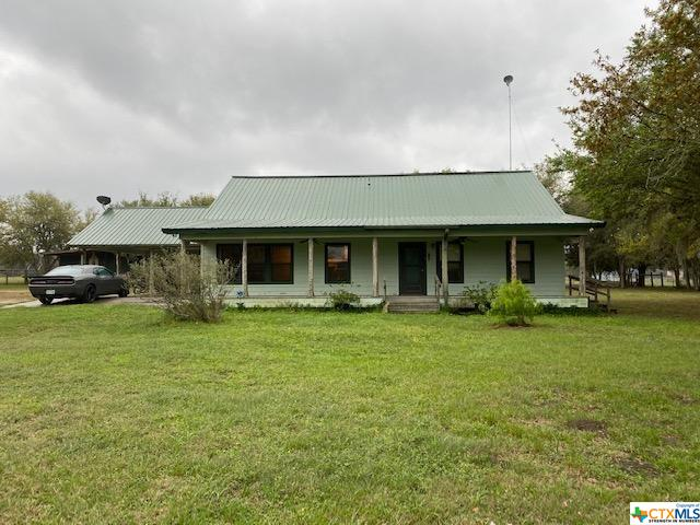8434 N US Highway 183 Highway Property Photo - Goliad, TX real estate listing