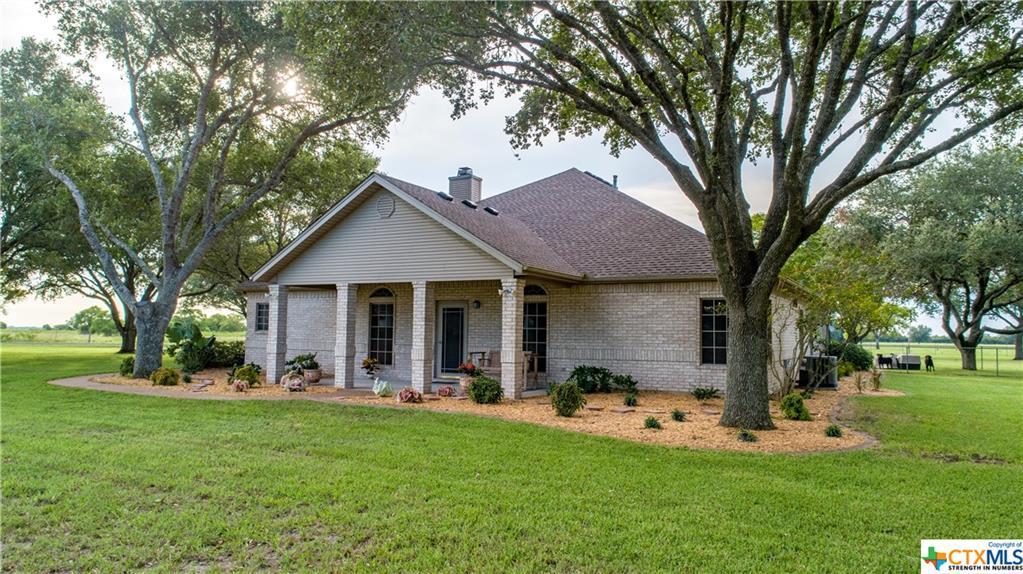 548 Schmidt Road Property Photo - Inez, TX real estate listing