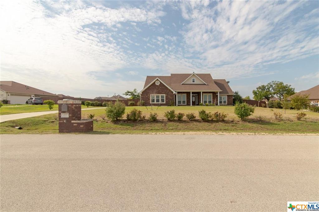 216 Coleton Drive Property Photo - Copperas Cove, TX real estate listing