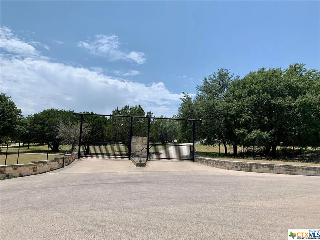 500 N Willis Street Property Photo - Lampasas, TX real estate listing