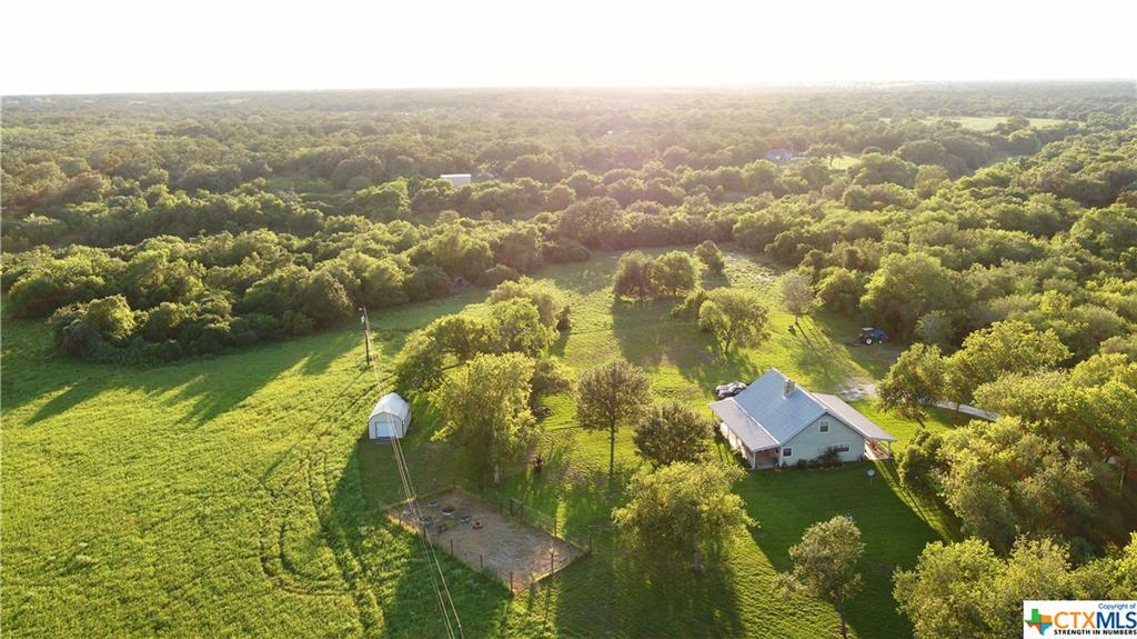 480 W Henning Road Property Photo - Goliad, TX real estate listing