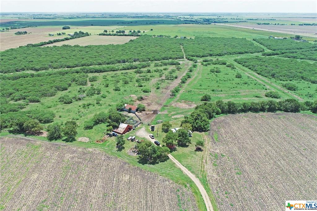 112 Menke Road Property Photo - Victoria, TX real estate listing