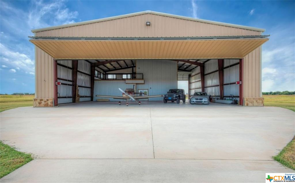 210 Airfield Road Property Photo - Fentress, TX real estate listing
