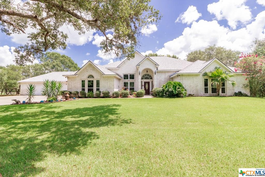203 Post Oak Bend Property Photo - Inez, TX real estate listing