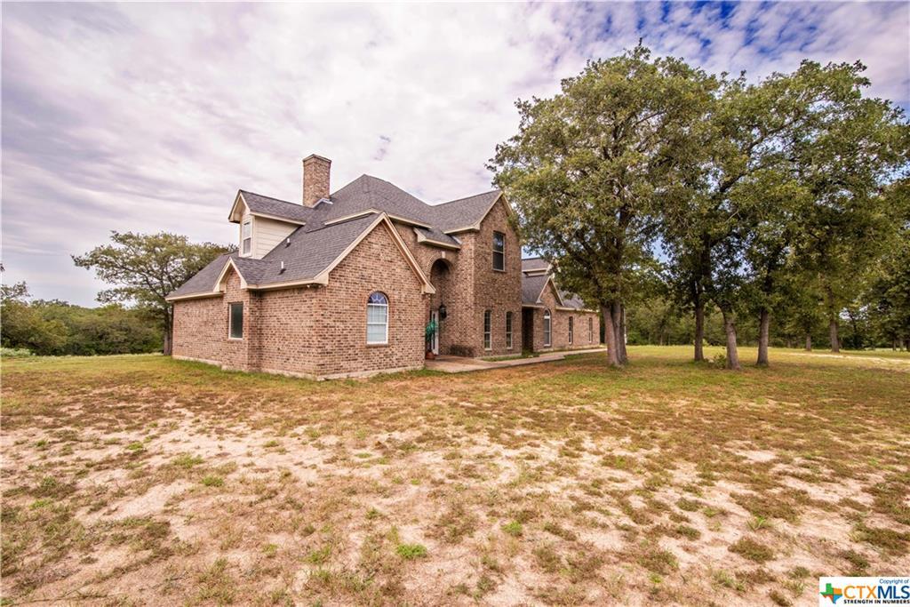 329 Flash Circle Property Photo - Luling, TX real estate listing