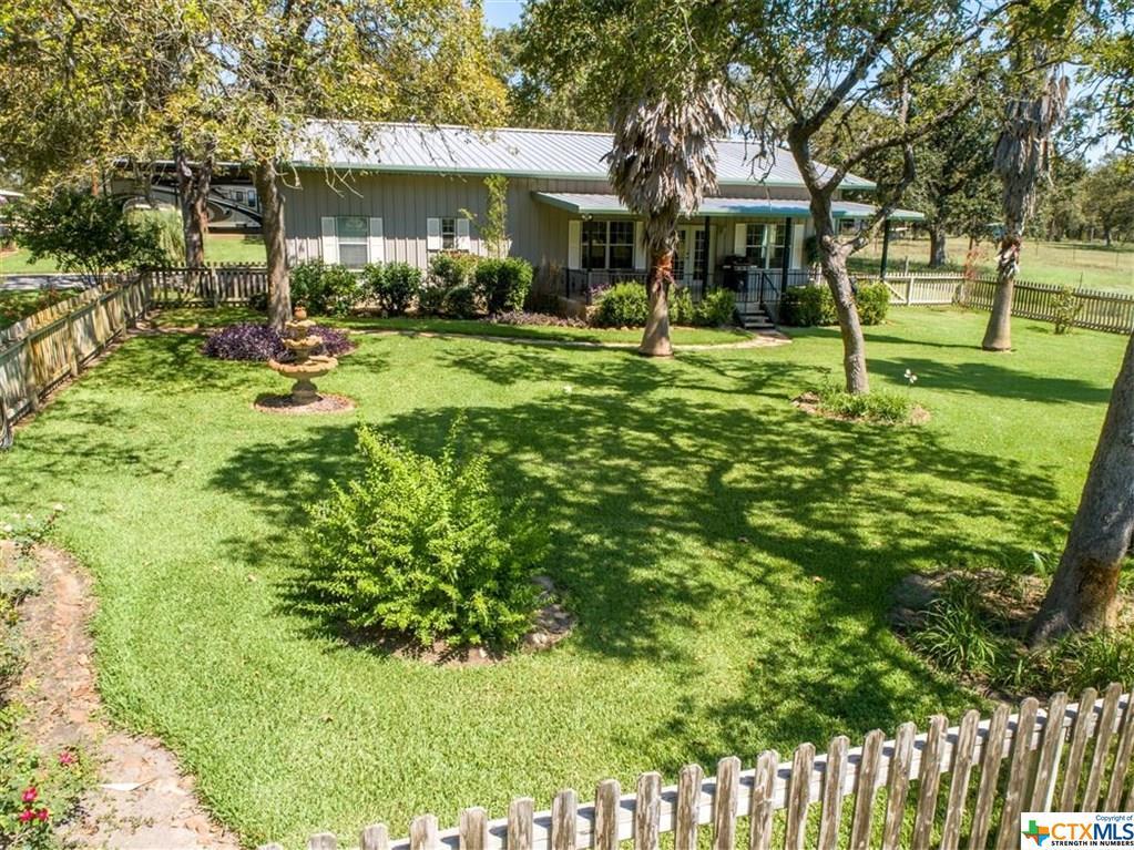 6068 Fm 775 Property Photo - La Vernia, TX real estate listing