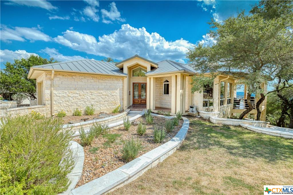 120 Eagle Cliff Circle Property Photo - Fischer, TX real estate listing