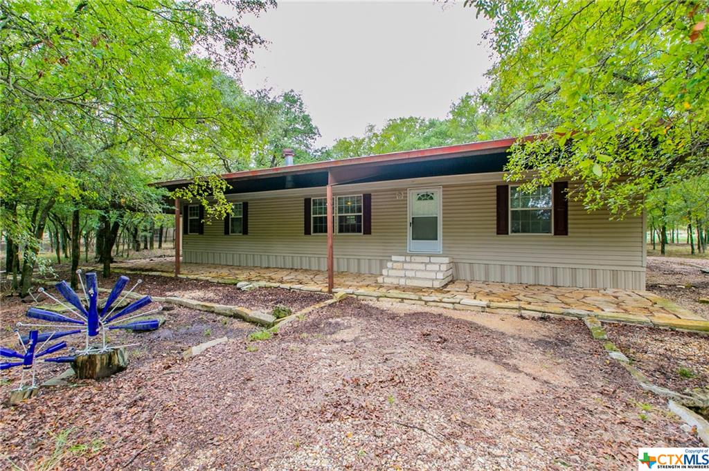 323 County Road 204B Property Photo - Buckholts, TX real estate listing