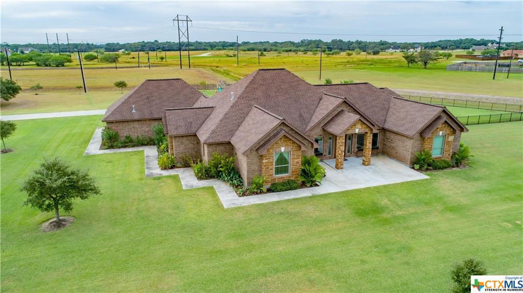 35 Post Oak Way Property Photo - Inez, TX real estate listing