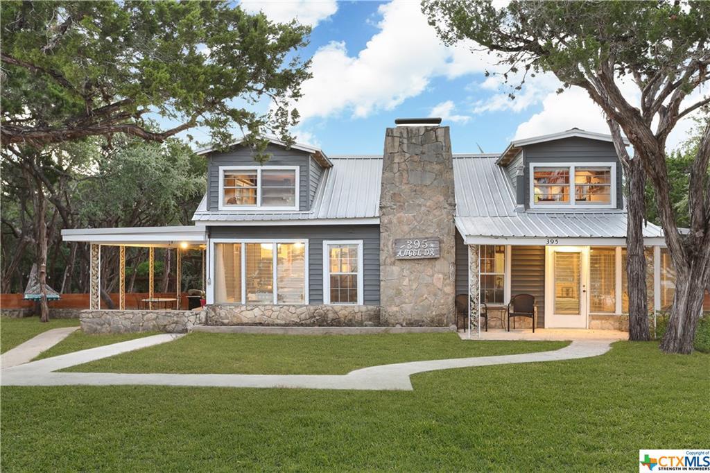 395 Angel Drive Property Photo - Lakehills, TX real estate listing