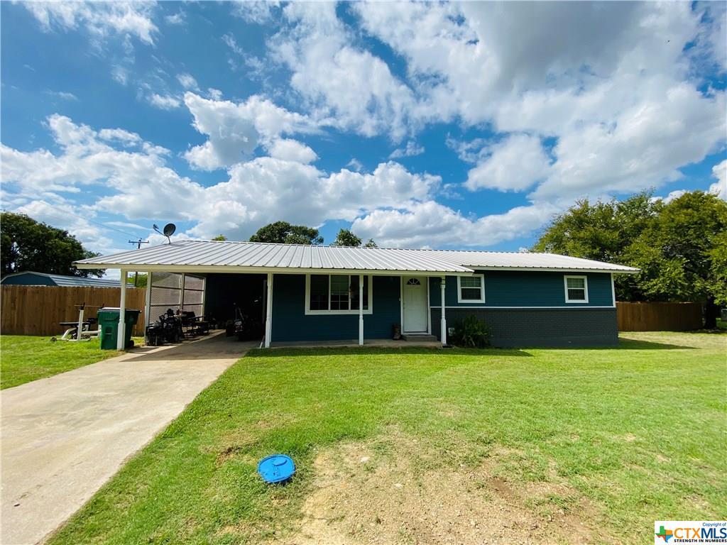 610 S Hall Property Photo - Hamilton, TX real estate listing