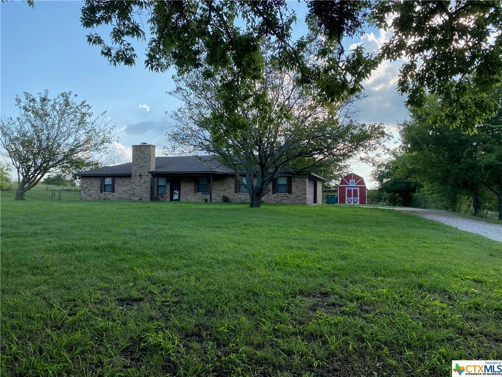 638 Tynes Road Property Photo - Lorena, TX real estate listing