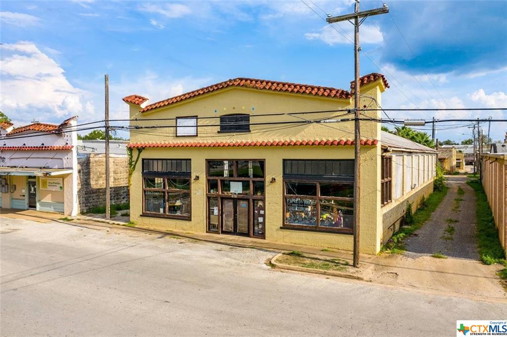 418 Saint Andrew Street Property Photo