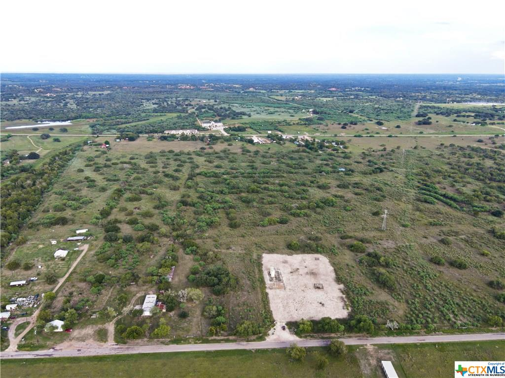925 Old Gonzales Road Property Photo - Cuero, TX real estate listing