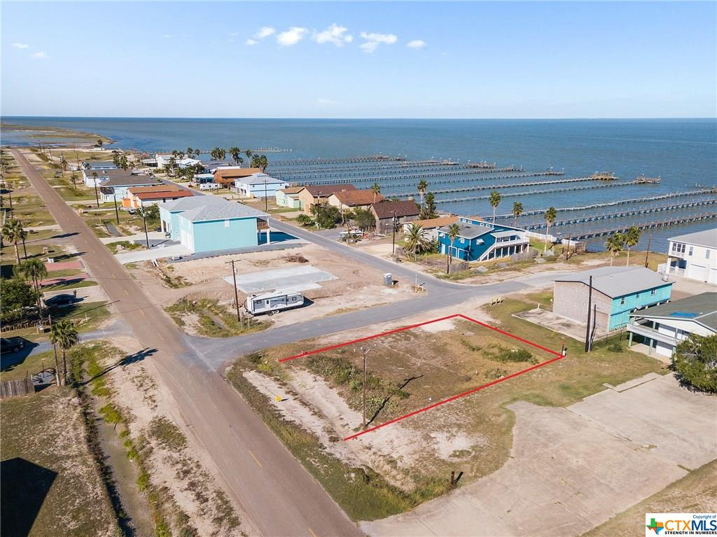 532 Bay Shore Drive Property Photo - Port Mansfield, TX real estate listing