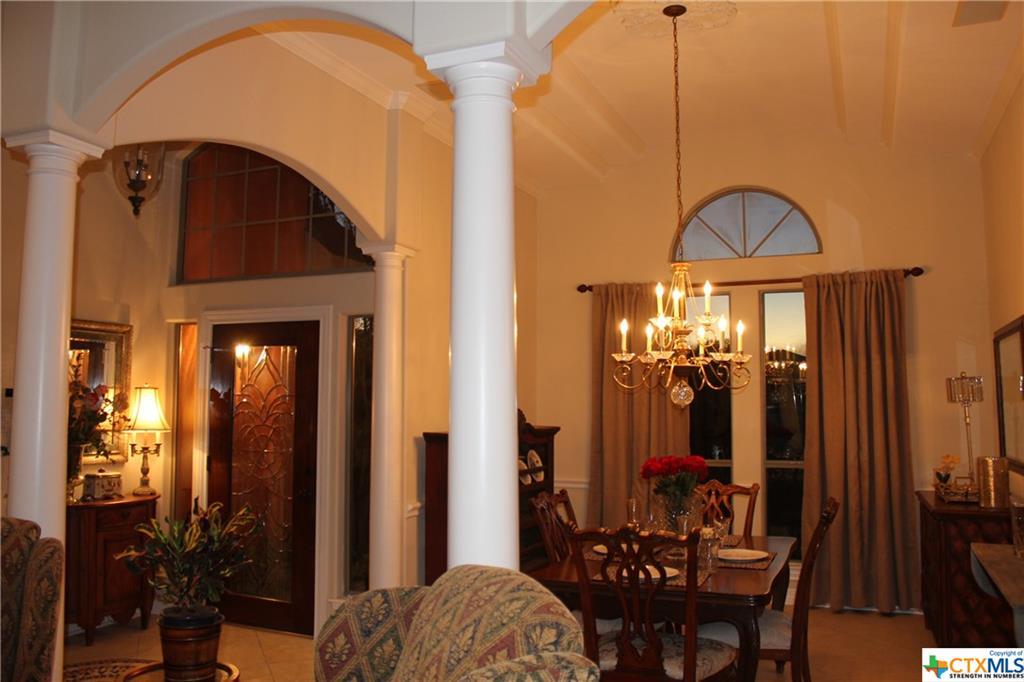 216 Blue Bird Court Property Photo - McQueeney, TX real estate listing