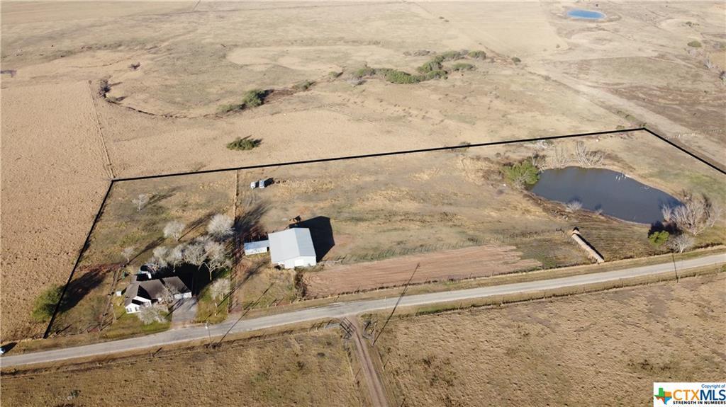 2180 Dagg Road Property Photo - Yoakum, TX real estate listing
