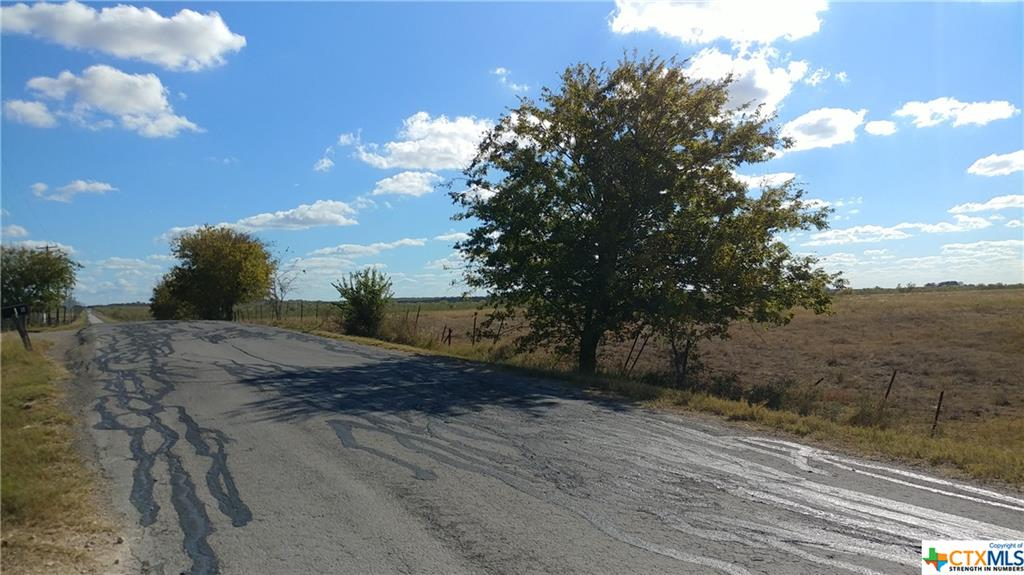 59 County Road 460 Road Property Photo - Coupland, TX real estate listing