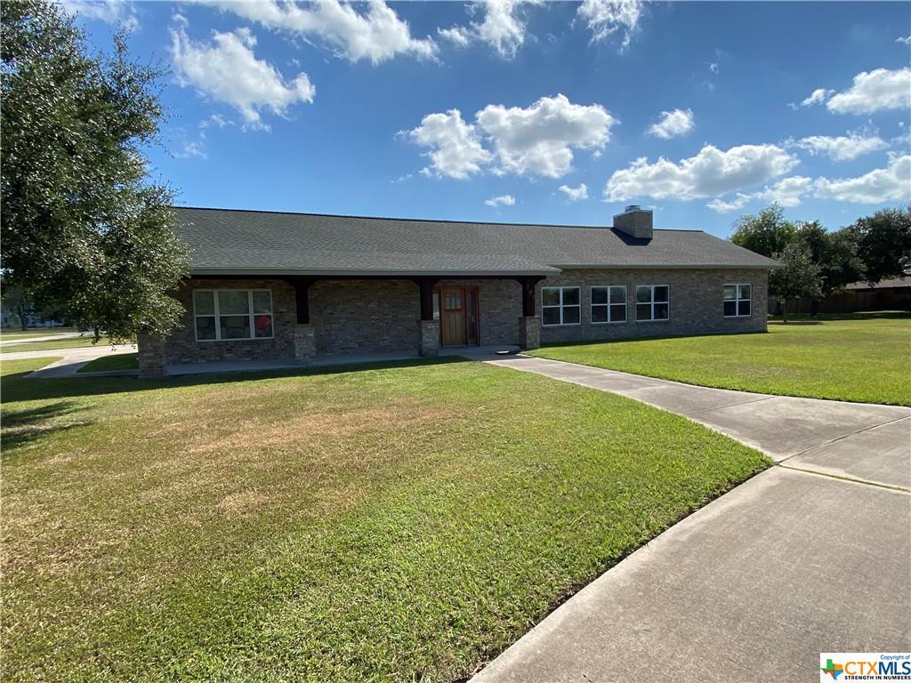 705 Oak Street Property Photo - Refugio, TX real estate listing