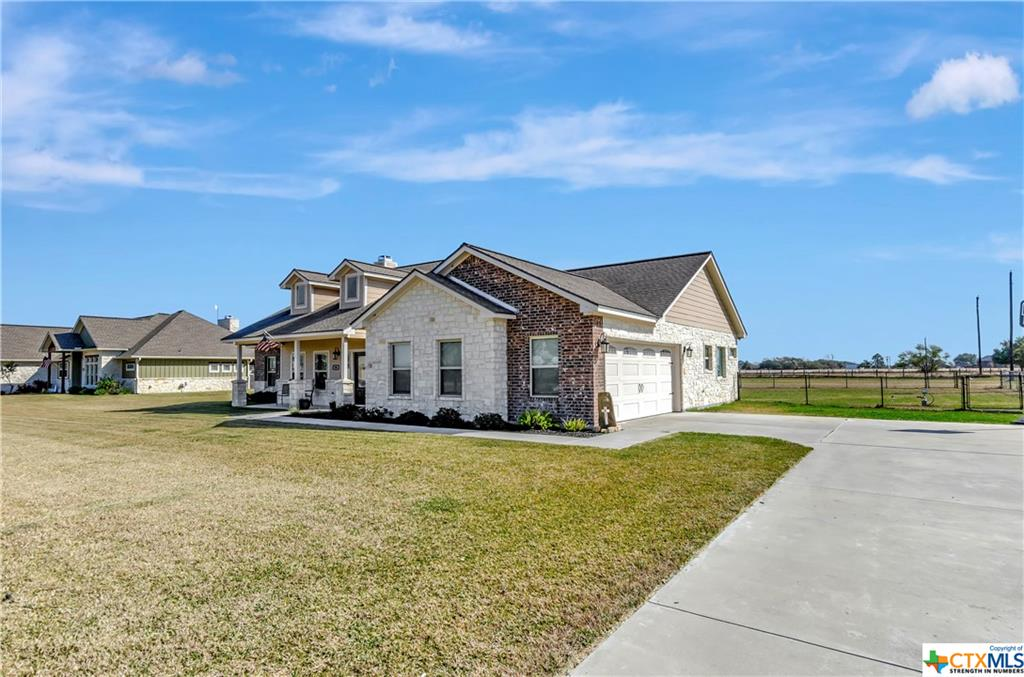 96 Kimber Ln. Property Photo - Inez, TX real estate listing