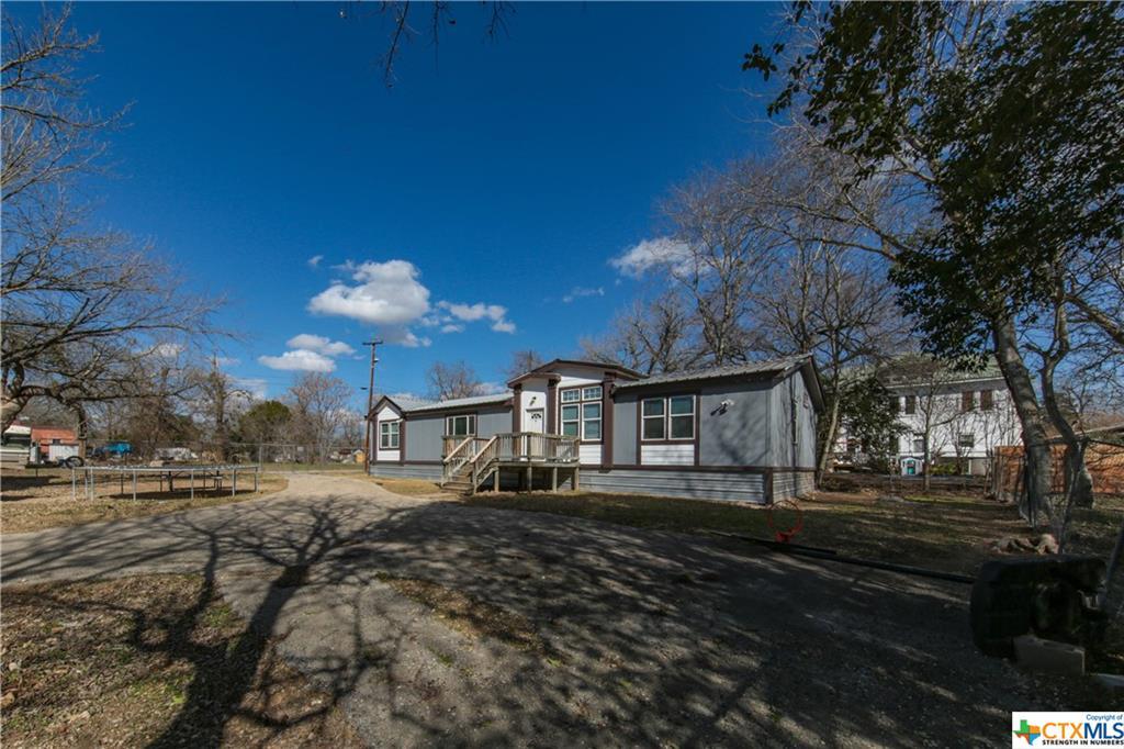 Main Street Property Photo - Fentress, TX real estate listing