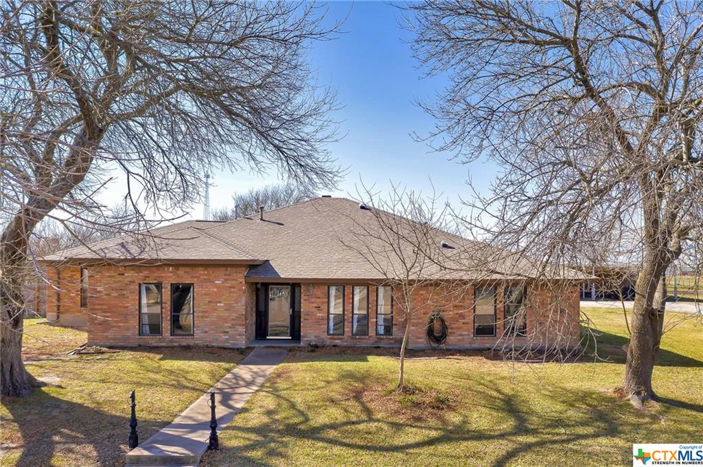 134 N Temple Street Property Photo - Lott, TX real estate listing