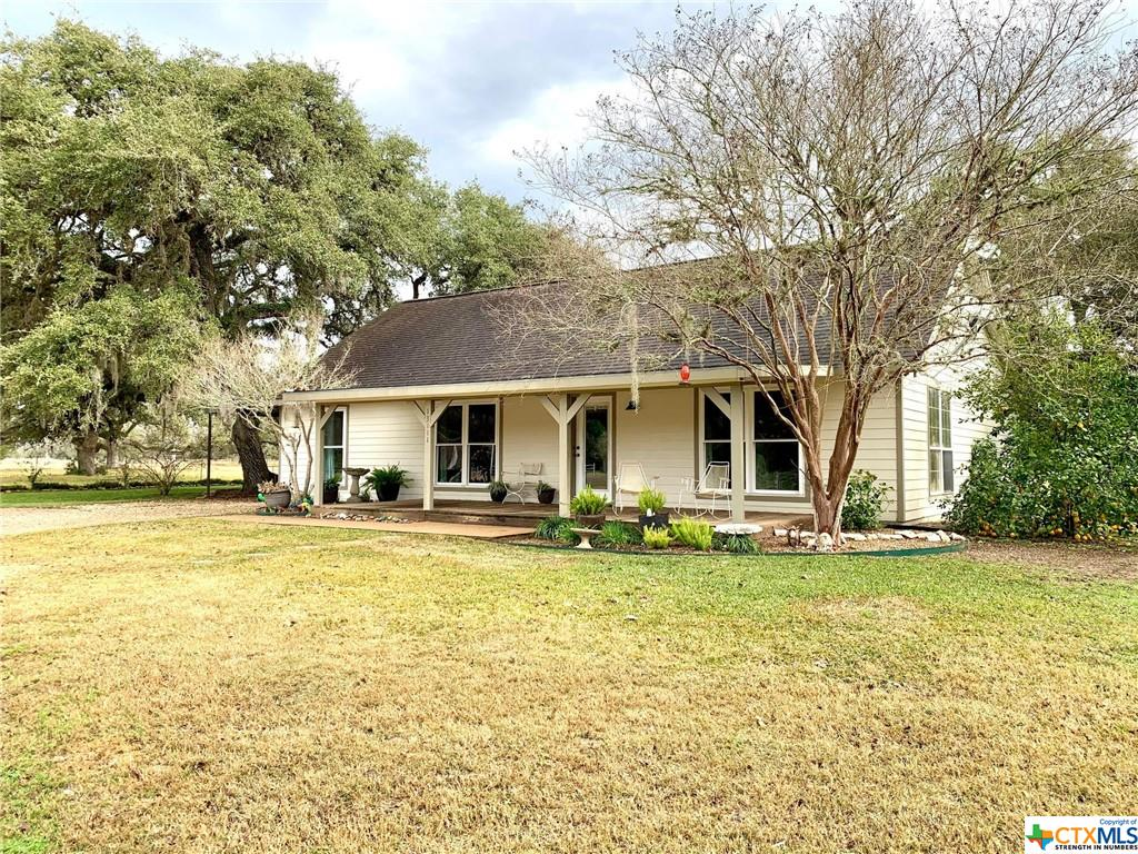 13111 Fm 822 Property Photo - Edna, TX real estate listing