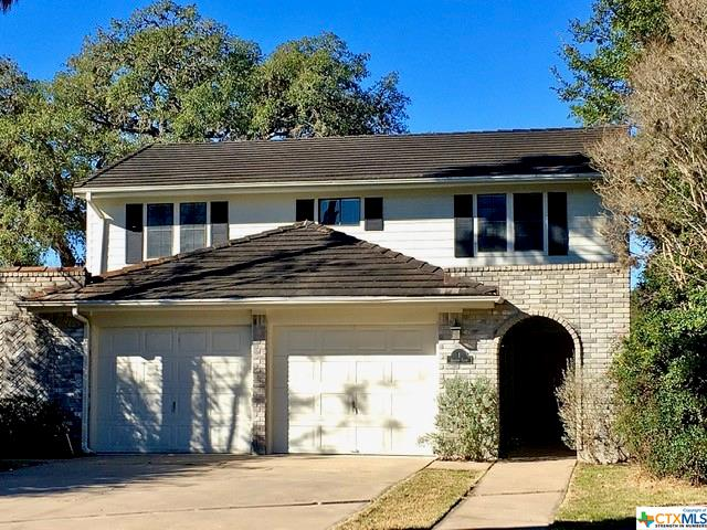 1 Shannon Court Drive Property Photo - Cuero, TX real estate listing