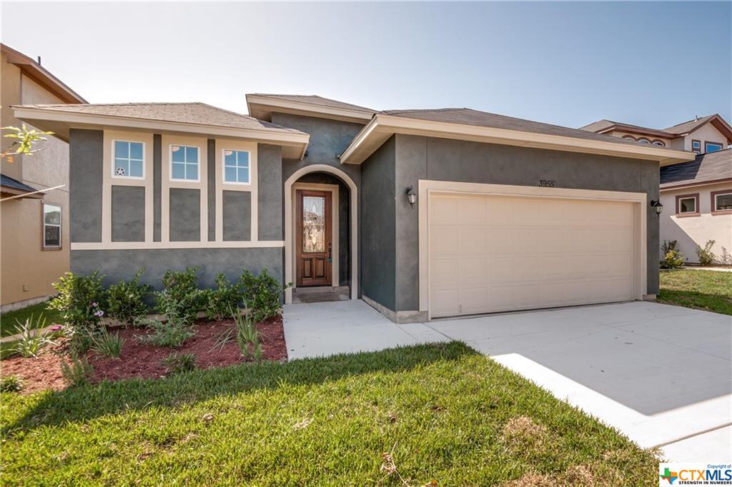 417 PARK CIRCLE Circle Property Photo - Hondo, TX real estate listing