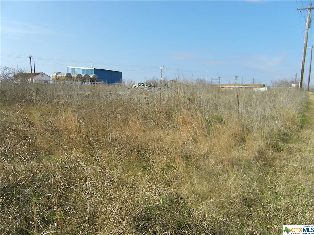 5250 Nash Creek Road Property Photo - Kingsbury, TX real estate listing