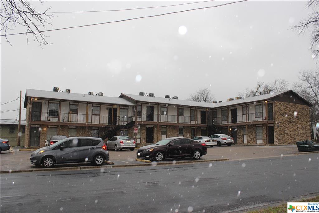 1405 N Gray Street Property Photo