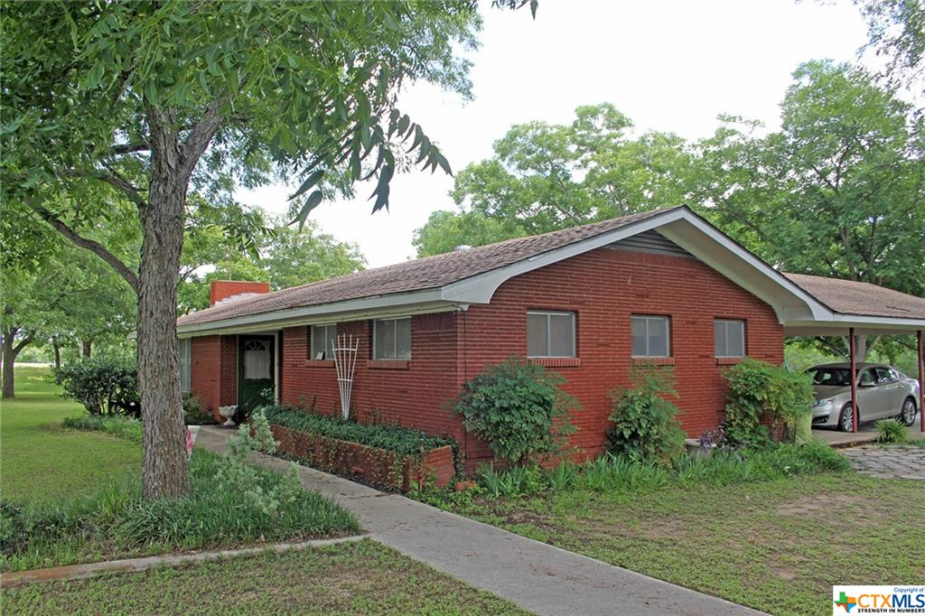 27 & 41 Yellowstone Drive Property Photo - Luling, TX real estate listing