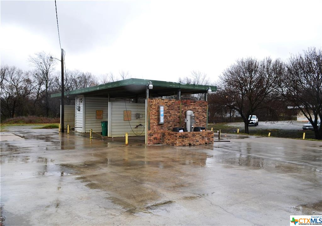401 W Haning Street Property Photo - Howe, TX real estate listing