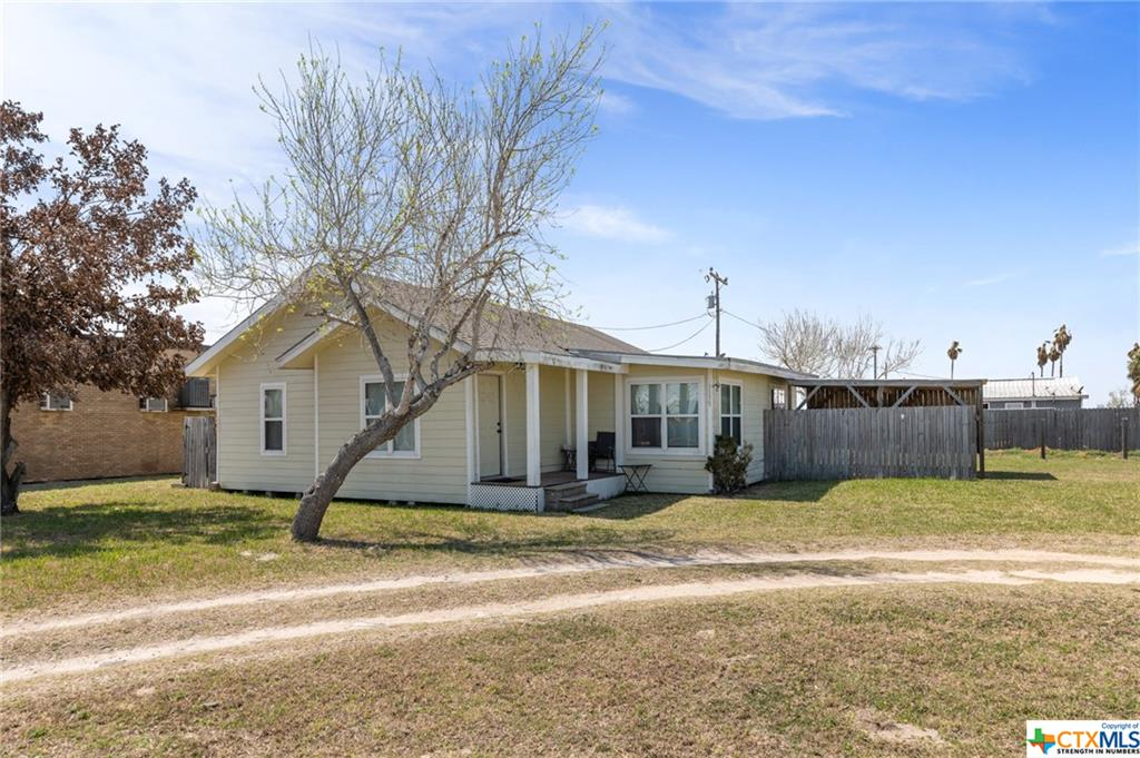 1145 W Port Drive Property Photo - Port Mansfield, TX real estate listing