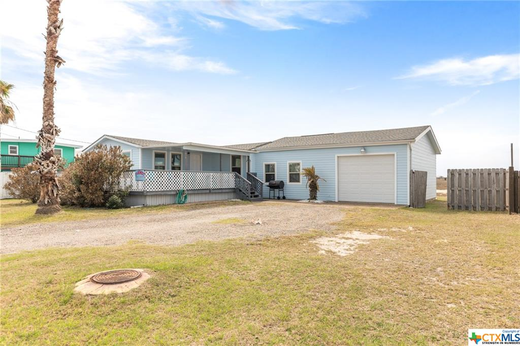639 Bay Shore Drive Property Photo - Port Mansfield, TX real estate listing
