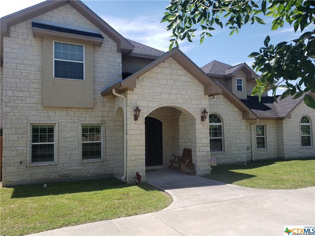 624 Texas Avenue Property Photo - Shiner, TX real estate listing