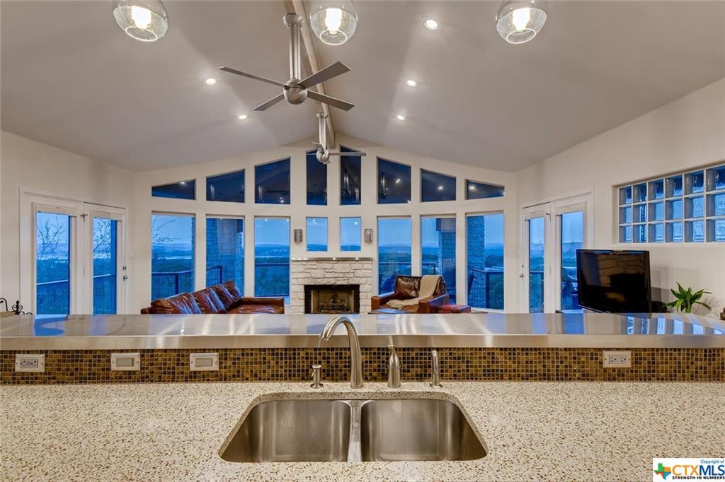 Sierra Trail Property Photo - Lago Vista, TX real estate listing