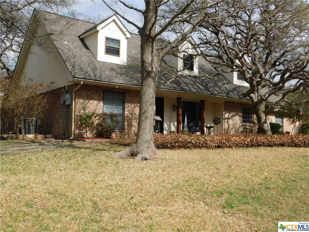 809 Woodland West Drive Property Photo - Woodway, TX real estate listing