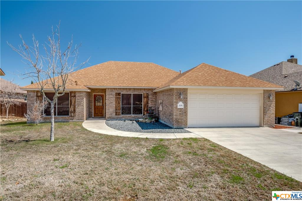 2239 Sun Chase Boulevard Property Photo - New Braunfels, TX real estate listing