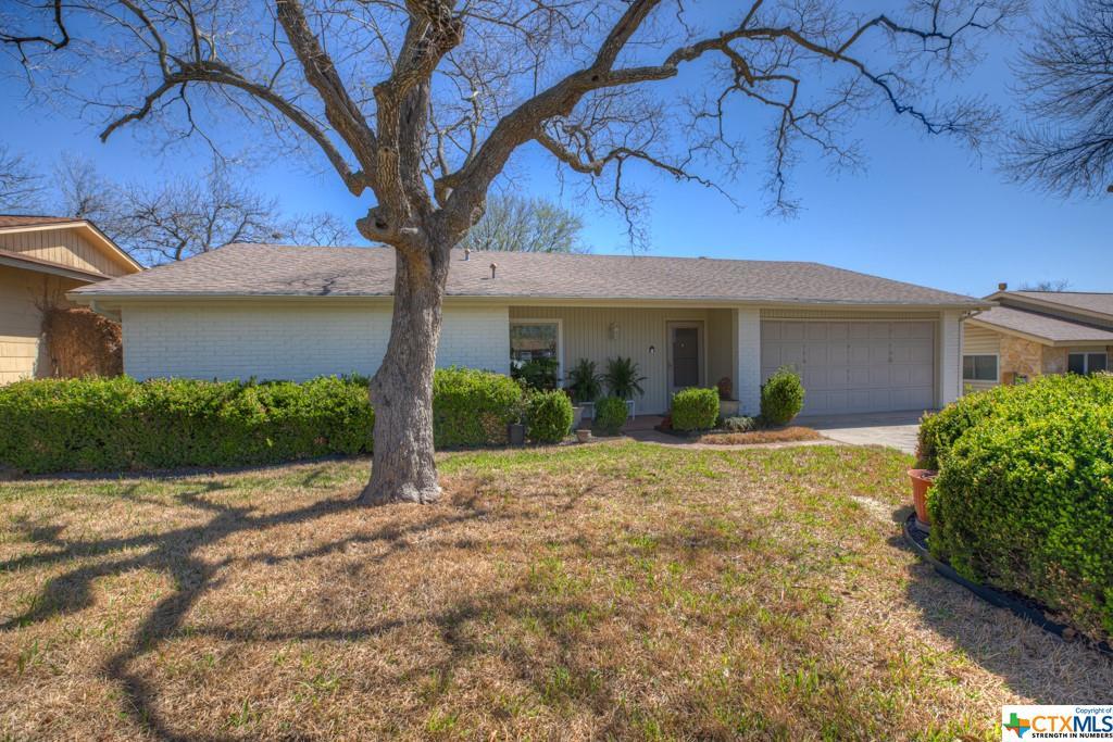 7926 Sturdy Oaks Trail Property Photo - Live Oak, TX real estate listing