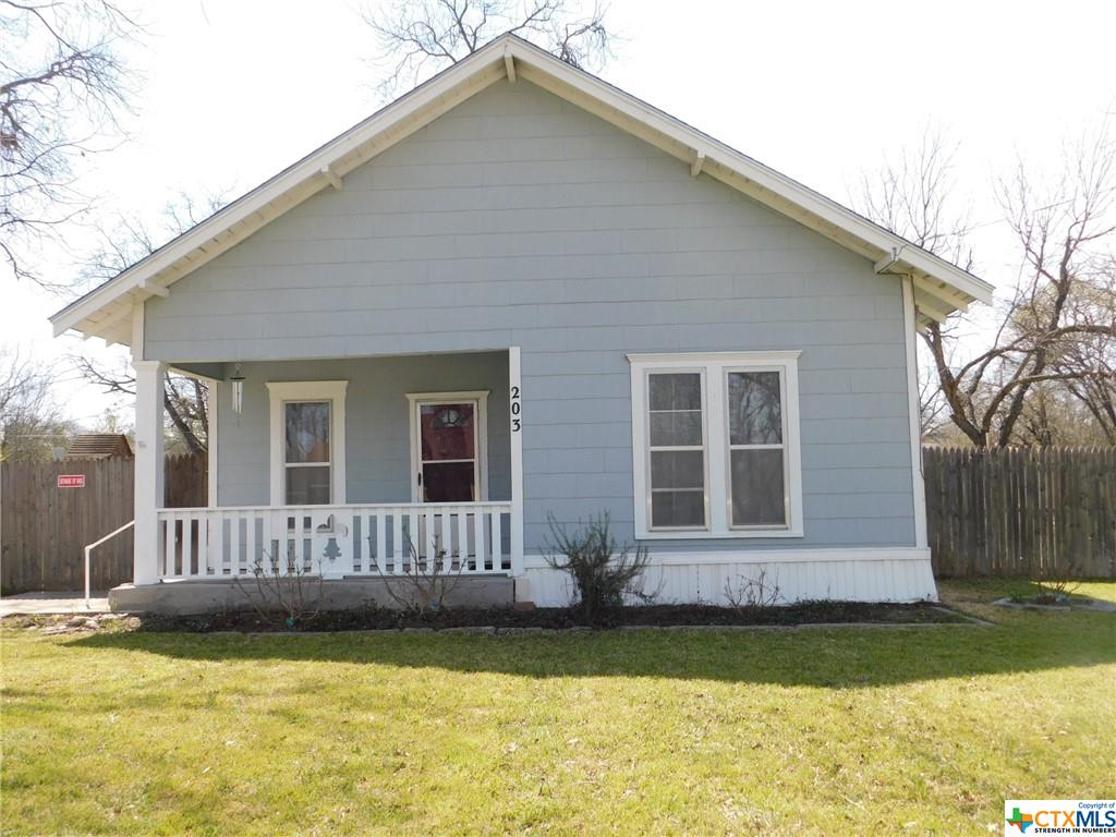 203 S Avenue K Property Photo - Clifton, TX real estate listing