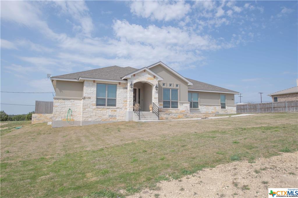502 Dawns Peak Property Photo - Lampasas, TX real estate listing
