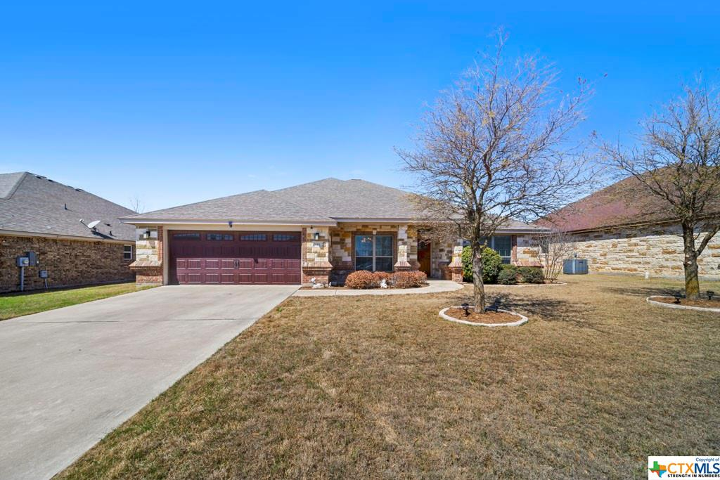 121 WALTER Way Property Photo - Jarrell, TX real estate listing