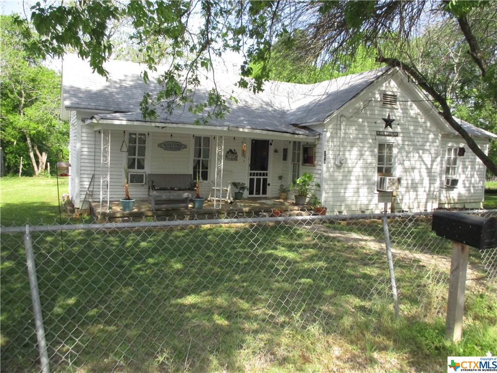 114 Avenue A Property Photo - Moody, TX real estate listing