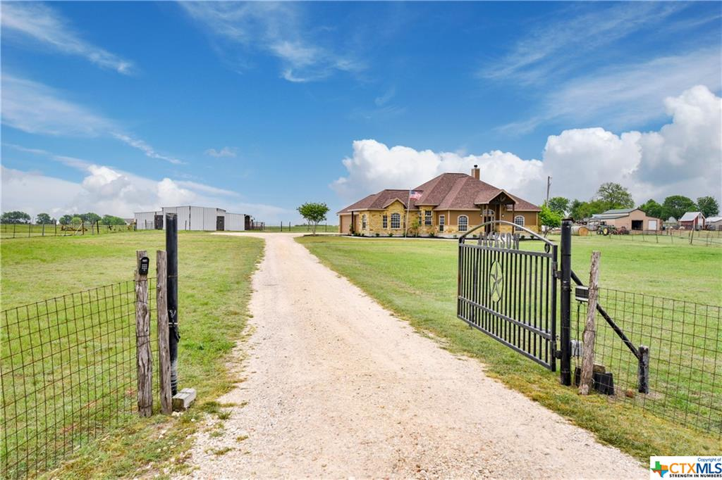 19105 Engelmann Lane Property Photo - Manor, TX real estate listing