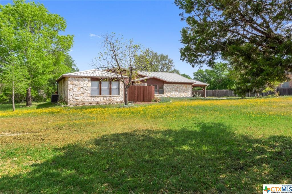 4 Pawnee Lane Property Photo - Morgans Point Resort, TX real estate listing