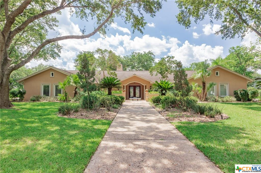 101 Albany Street Property Photo - Victoria, TX real estate listing