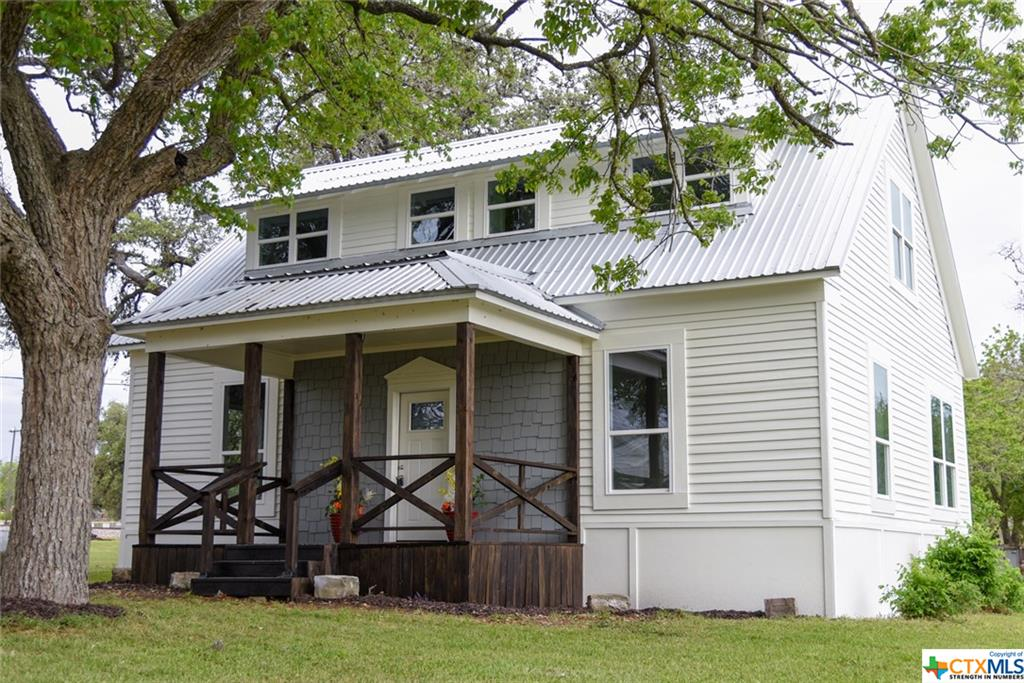 101 E Kerr Street Property Photo - Moulton, TX real estate listing