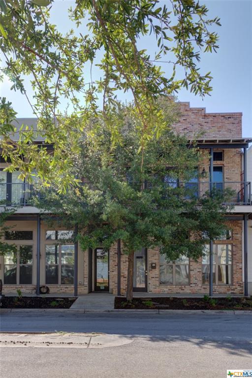Academy Loft Real Estate Listings Main Image